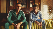 The Last Shadow Puppets - Seated